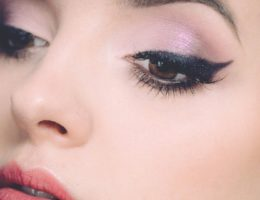 how to apply eyeliner tips and tricks